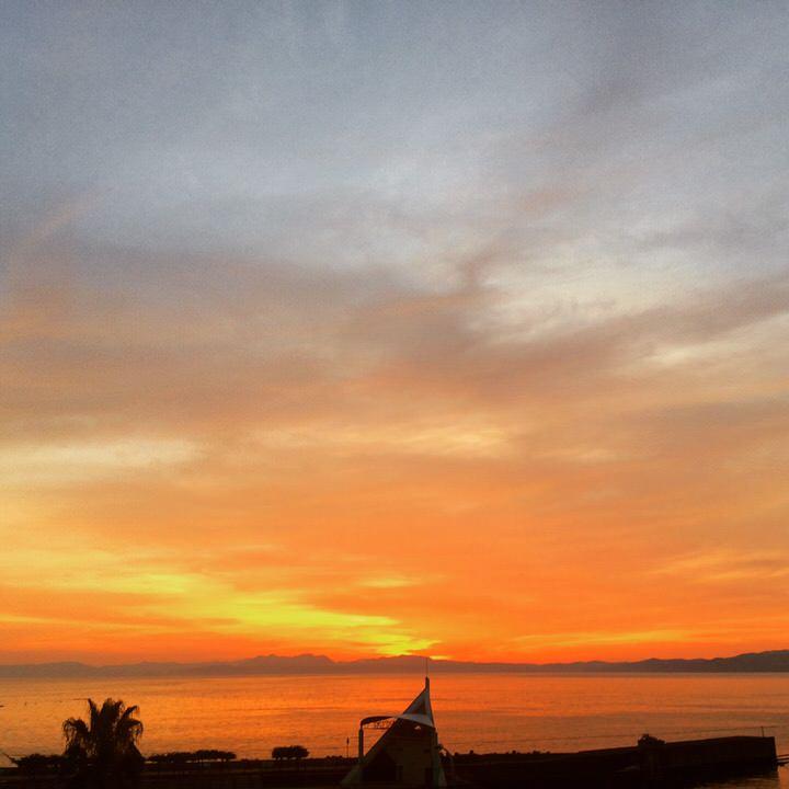 ▲部屋から見える夕日